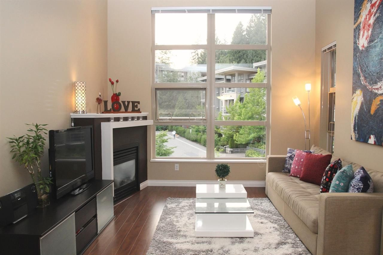 Main Photo: 415 9339 UNIVERSITY Crescent in Burnaby: Simon Fraser Univer. Condo for sale (Burnaby North)  : MLS®# R2189667