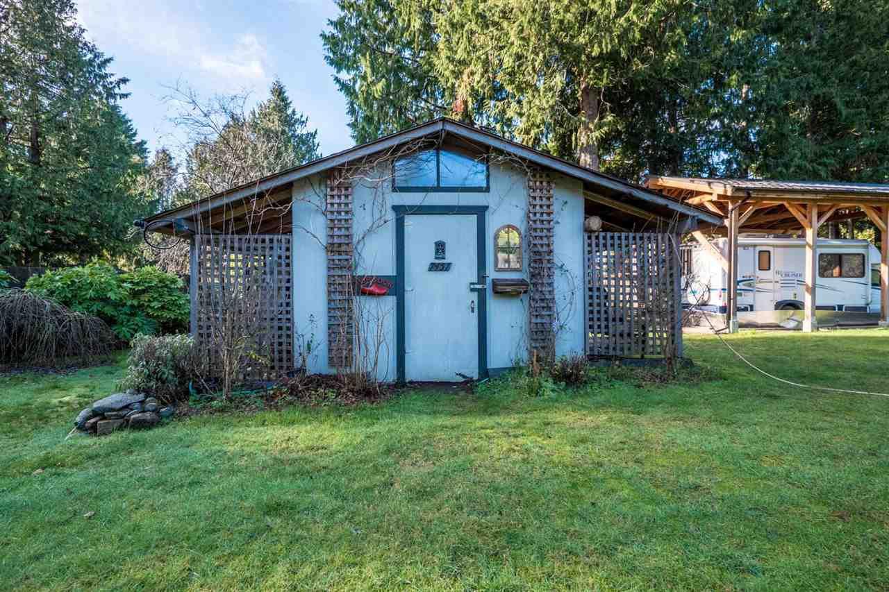 Photo 12: Photos: 3385 SPRUCE Road: Roberts Creek House for sale (Sunshine Coast)  : MLS®# R2230741