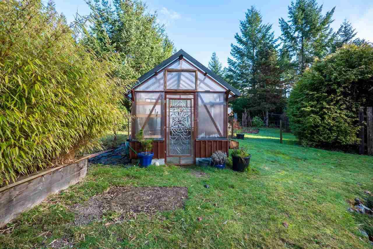 Photo 10: Photos: 3385 SPRUCE Road: Roberts Creek House for sale (Sunshine Coast)  : MLS®# R2230741
