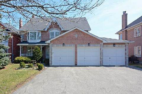 Main Photo: 65 Heatherwood Crest in Markham: Unionville House (3-Storey) for sale : MLS®# N2885787