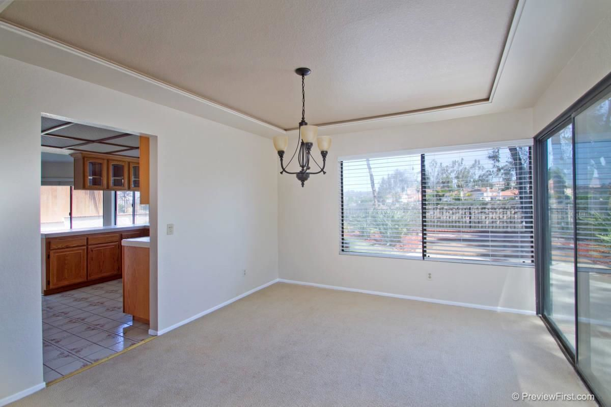 Photo 11: Photos: SCRIPPS RANCH House for sale : 4 bedrooms : 11680 Scripps Lake Drive in San Diego