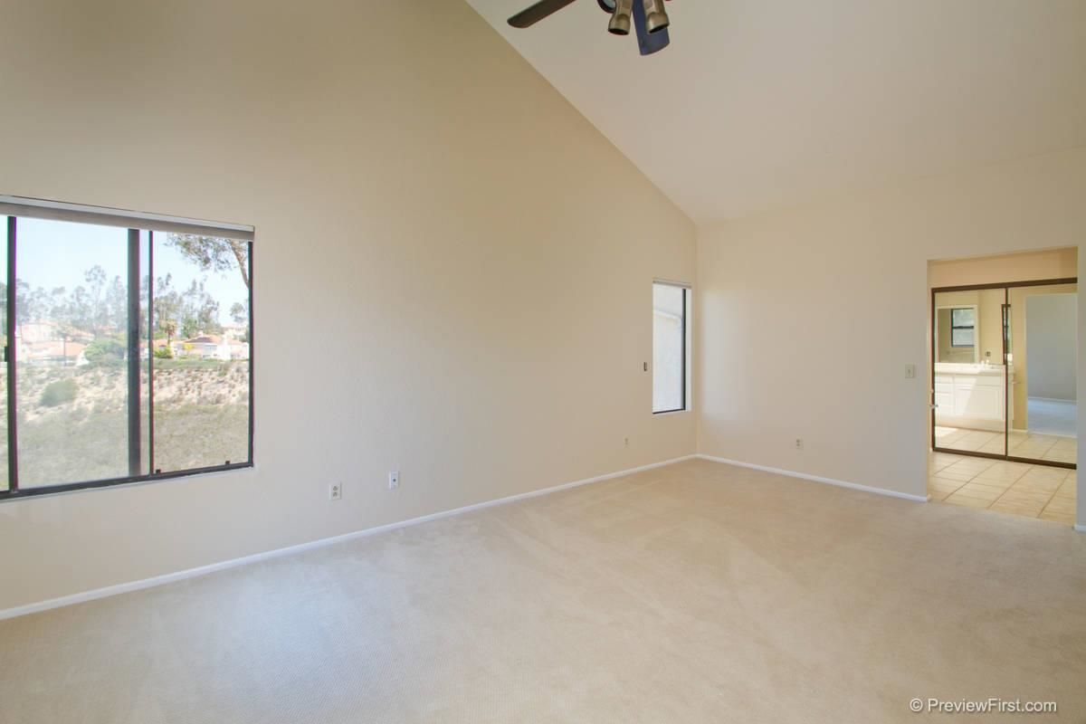 Photo 12: Photos: SCRIPPS RANCH House for sale : 4 bedrooms : 11680 Scripps Lake Drive in San Diego