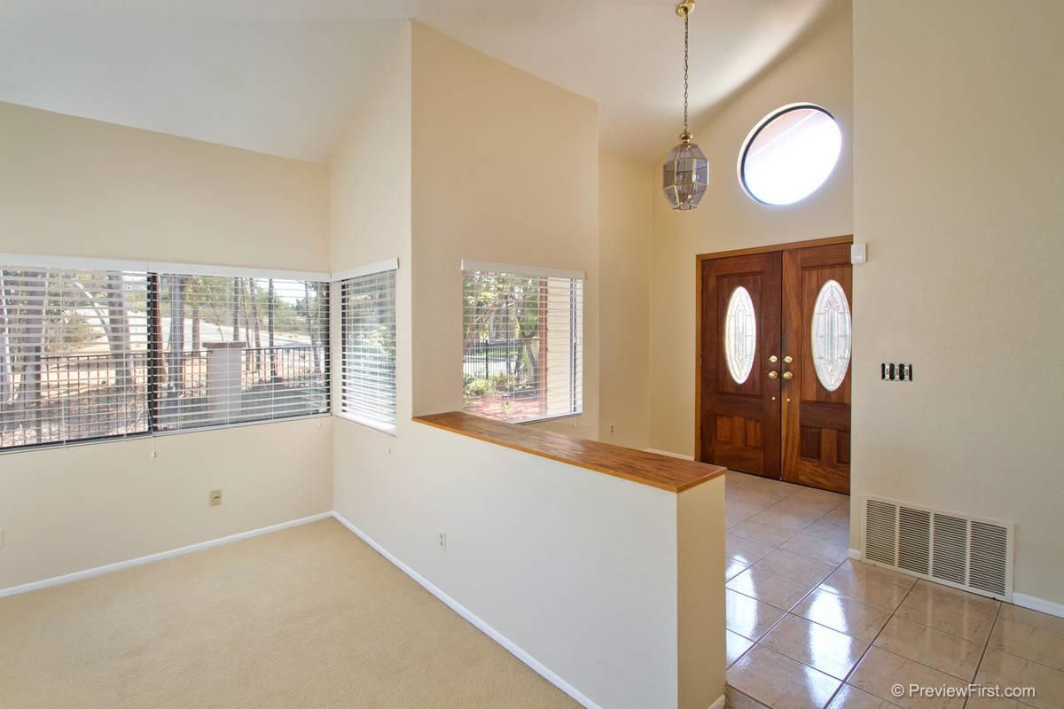 Photo 4: Photos: SCRIPPS RANCH House for sale : 4 bedrooms : 11680 Scripps Lake Drive in San Diego