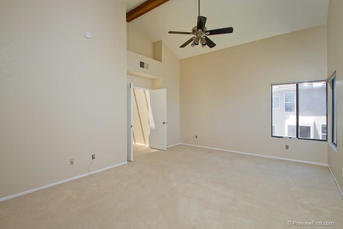 Photo 13: Photos: SCRIPPS RANCH House for sale : 4 bedrooms : 11680 Scripps Lake Drive in San Diego