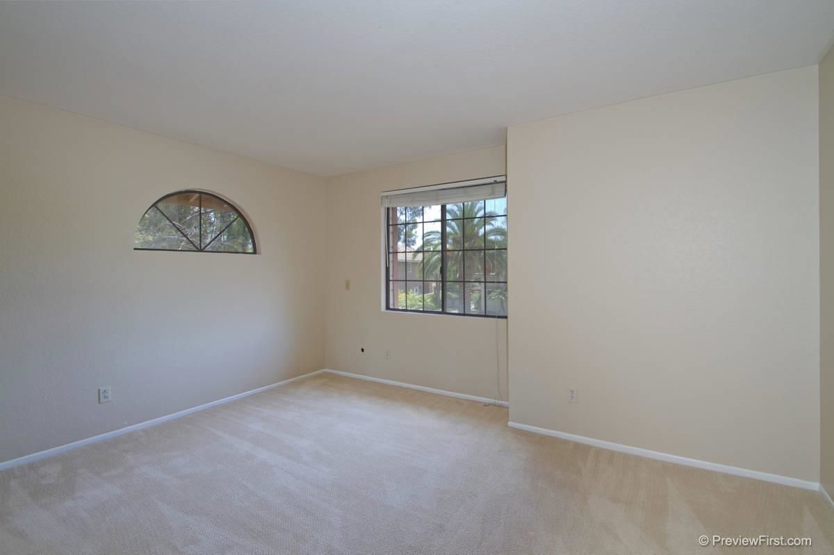 Photo 18: Photos: SCRIPPS RANCH House for sale : 4 bedrooms : 11680 Scripps Lake Drive in San Diego