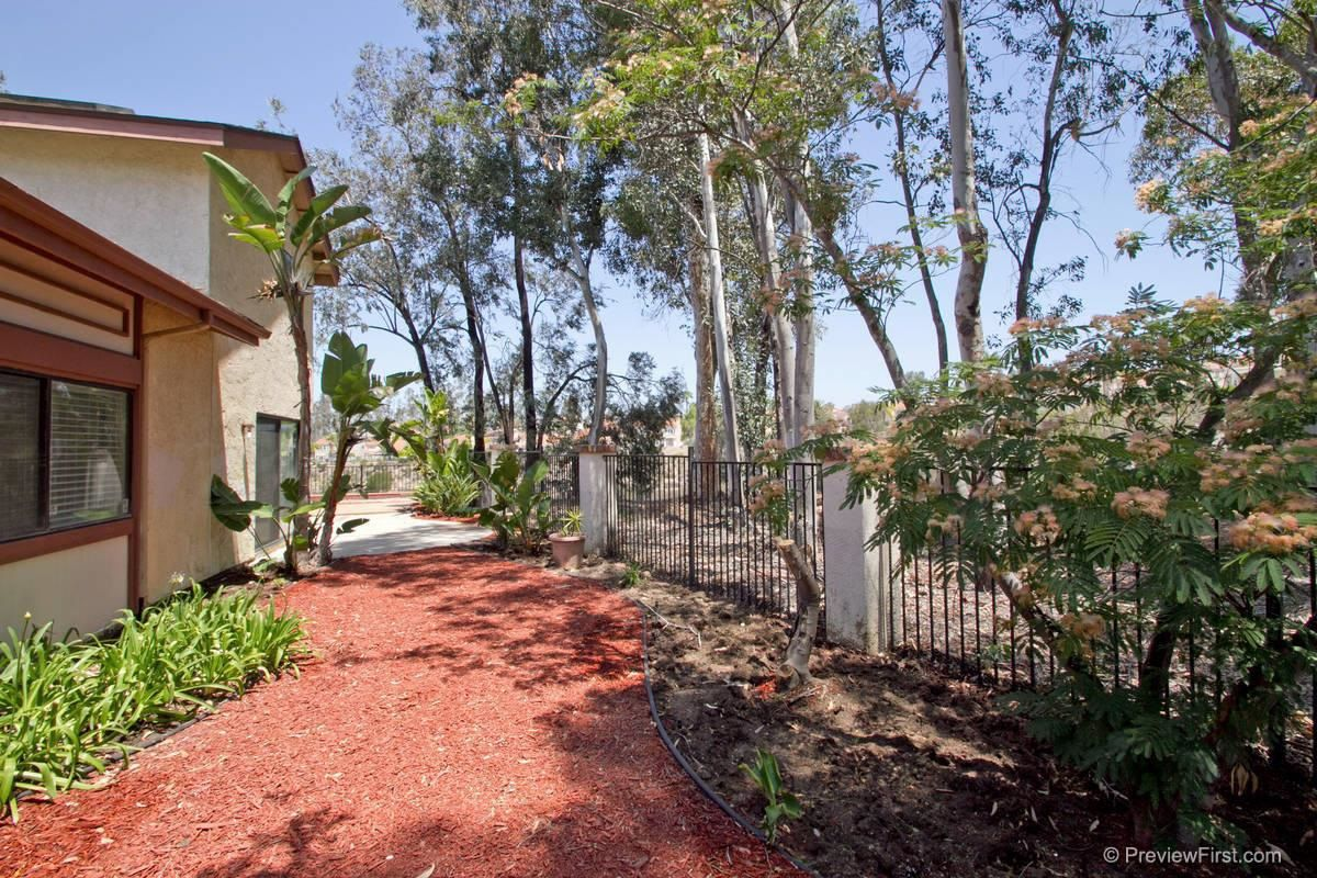 Photo 21: Photos: SCRIPPS RANCH House for sale : 4 bedrooms : 11680 Scripps Lake Drive in San Diego