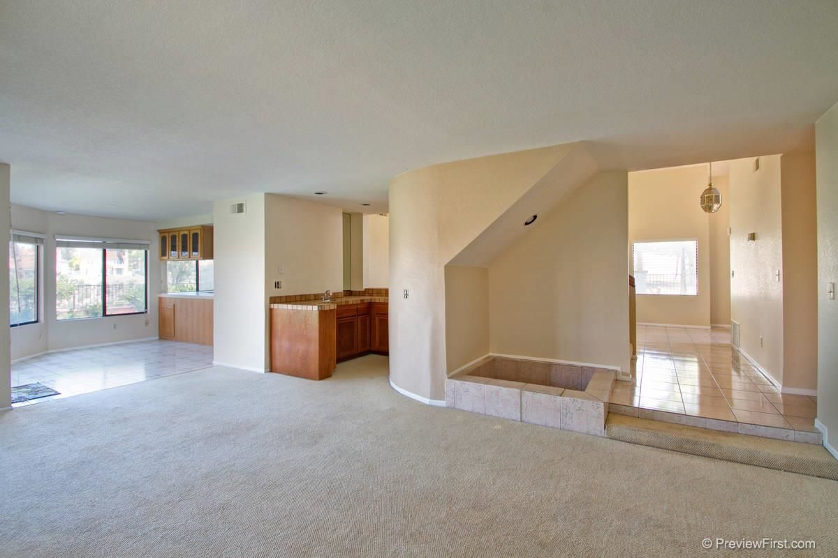 Photo 6: Photos: SCRIPPS RANCH House for sale : 4 bedrooms : 11680 Scripps Lake Drive in San Diego