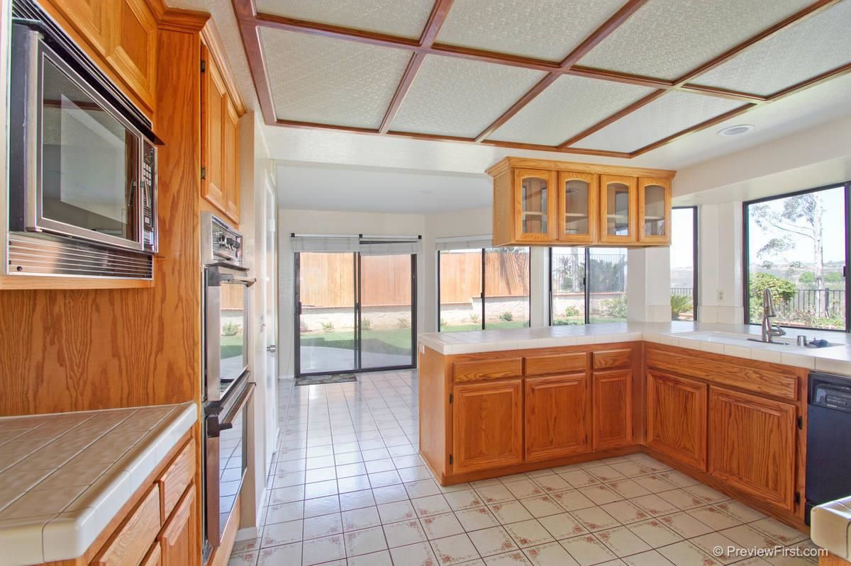 Photo 7: Photos: SCRIPPS RANCH House for sale : 4 bedrooms : 11680 Scripps Lake Drive in San Diego