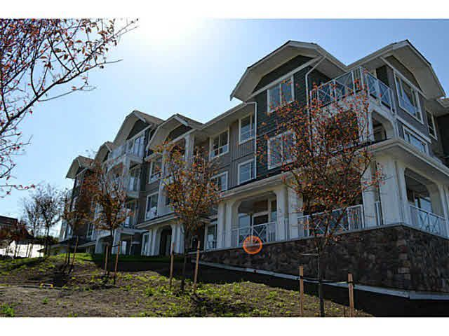 """Main Photo: 315 16398 64 Avenue in Surrey: Cloverdale BC Condo for sale in """"The Ridge At Bose Farms"""" (Cloverdale)  : MLS®# R2023181"""