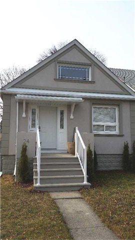 Main Photo: Lower 24 Twenty First Street in Toronto: New Toronto House (1 1/2 Storey) for lease (Toronto W06)  : MLS®# W3410397