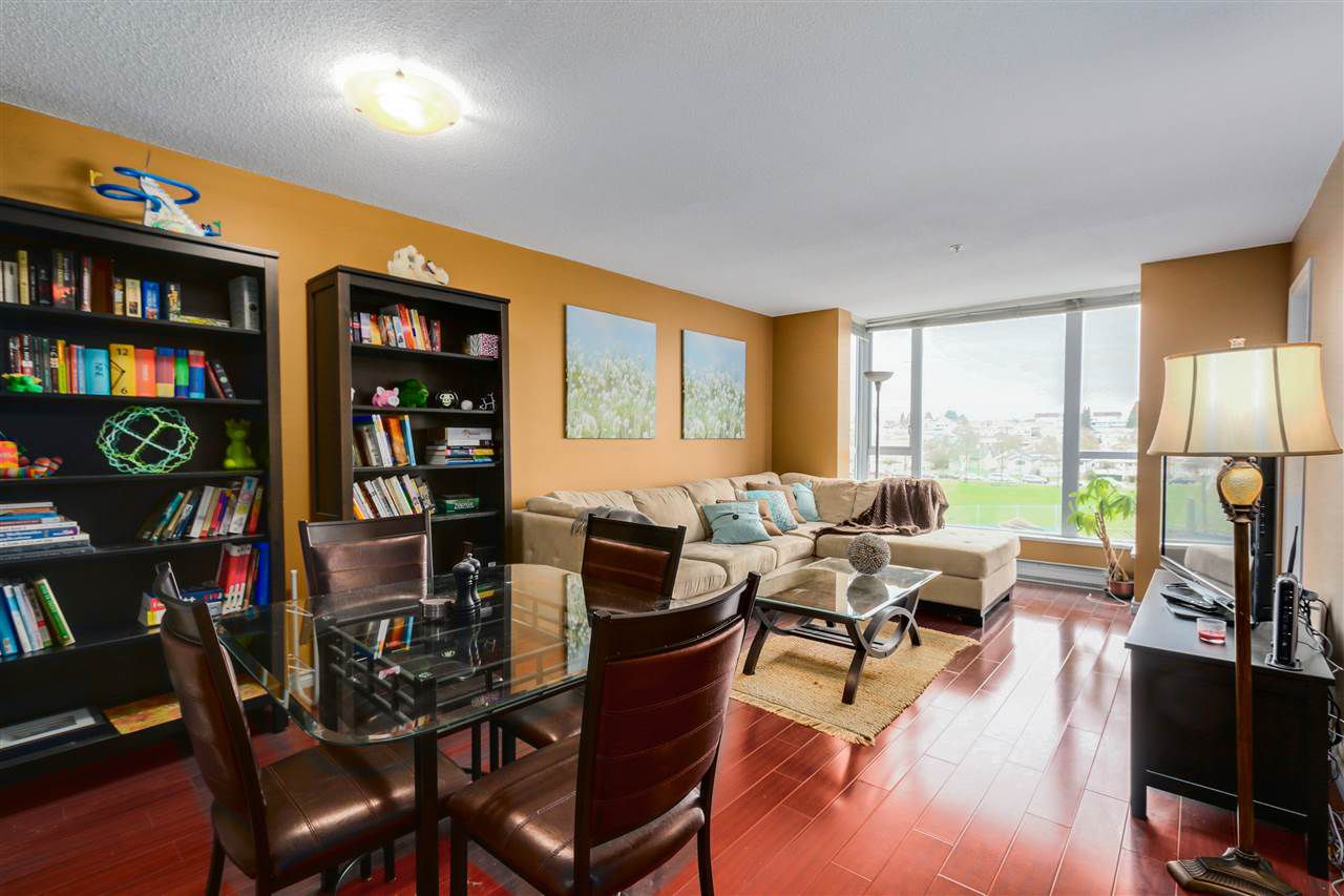 """Main Photo: 301 3463 CROWLEY Drive in Vancouver: Collingwood VE Condo for sale in """"MacGregor Court"""" (Vancouver East)  : MLS®# R2044409"""