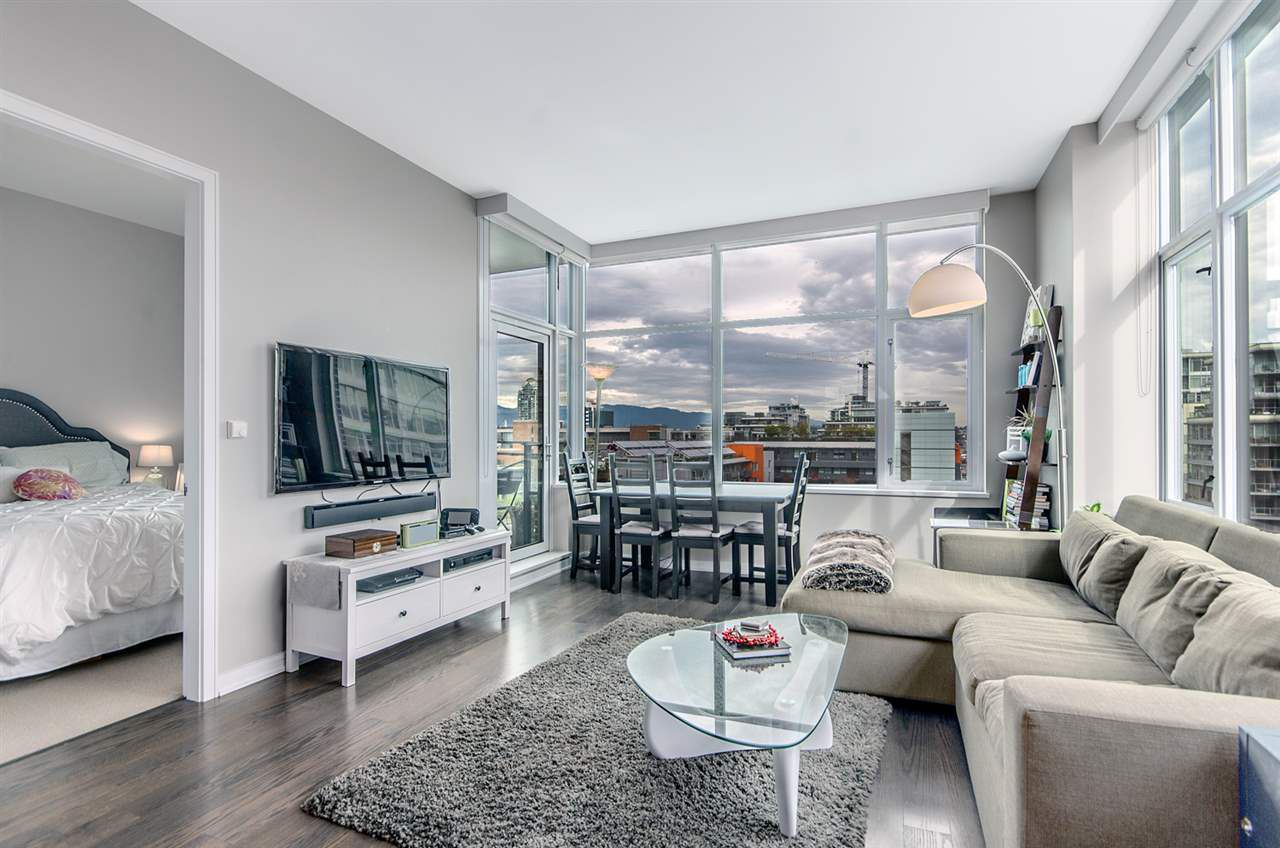 "Main Photo: 1004 181 W 1ST Avenue in Vancouver: False Creek Condo for sale in ""MILLENIUM WATERS"" (Vancouver West)  : MLS®# R2053055"