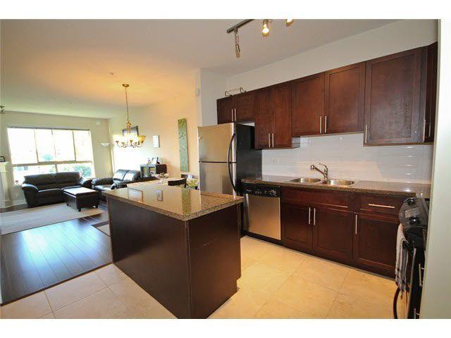 Main Photo: 205 3895 SANDELL STREET in : Central Park BS Condo for sale : MLS®# V1049548