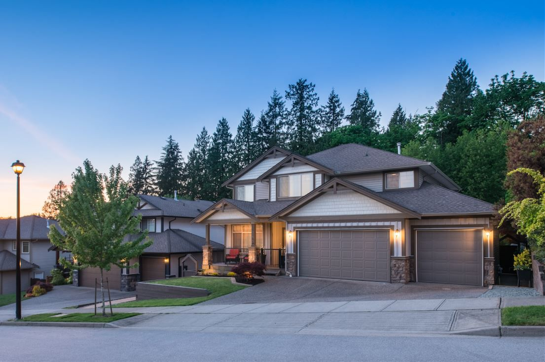 """Main Photo: 24785 MCCLURE Drive in Maple Ridge: Albion House for sale in """"MAPLE CREST"""" : MLS®# R2171889"""