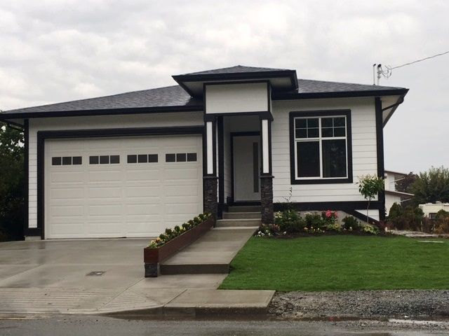 Main Photo: 9609 CORBOULD Street in Chilliwack: Chilliwack N Yale-Well House for sale : MLS®# R2229869