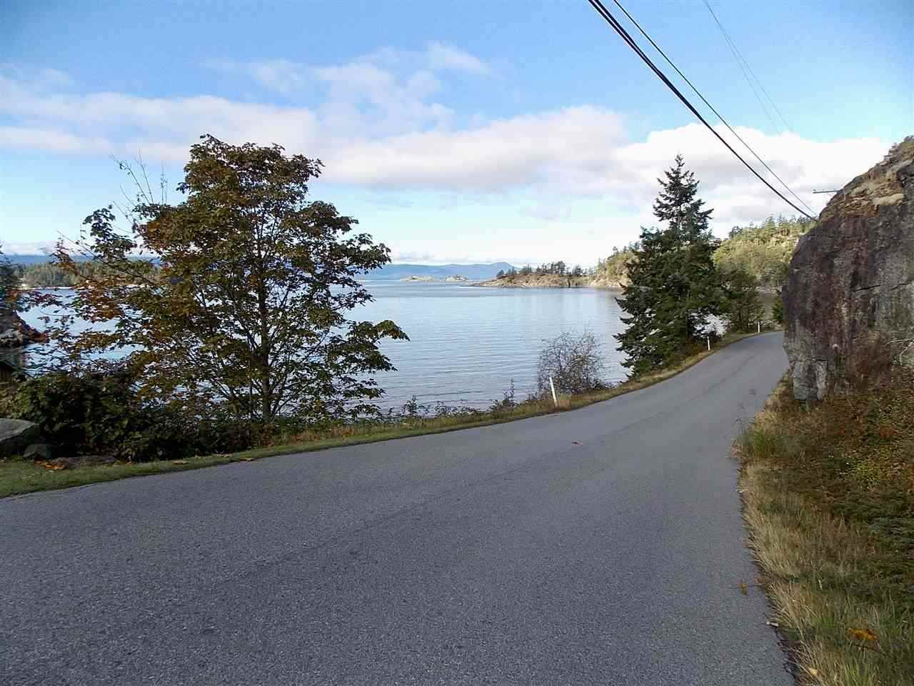 """Photo 2: Photos: LOT 105 JOHNSTON HEIGHTS Road in Pender Harbour: Pender Harbour Egmont Home for sale in """"DANIEL POINT"""" (Sunshine Coast)  : MLS®# R2244687"""