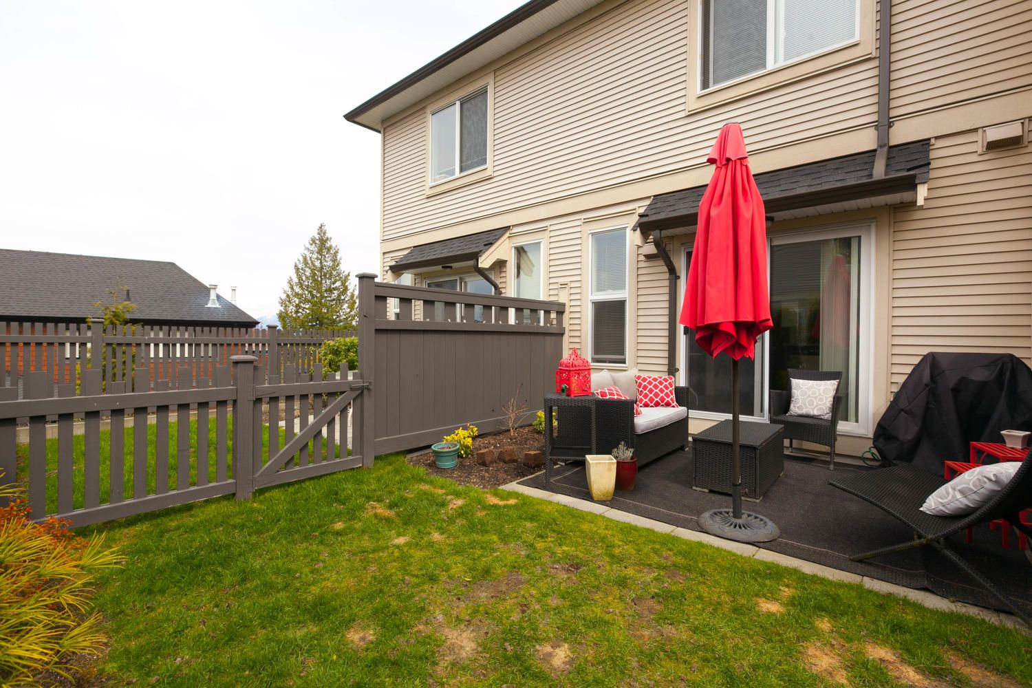 """Photo 40: Photos: 97 7938 209 Street in Langley: Willoughby Heights Townhouse for sale in """"Red Maple Park"""" : MLS®# R2260950"""
