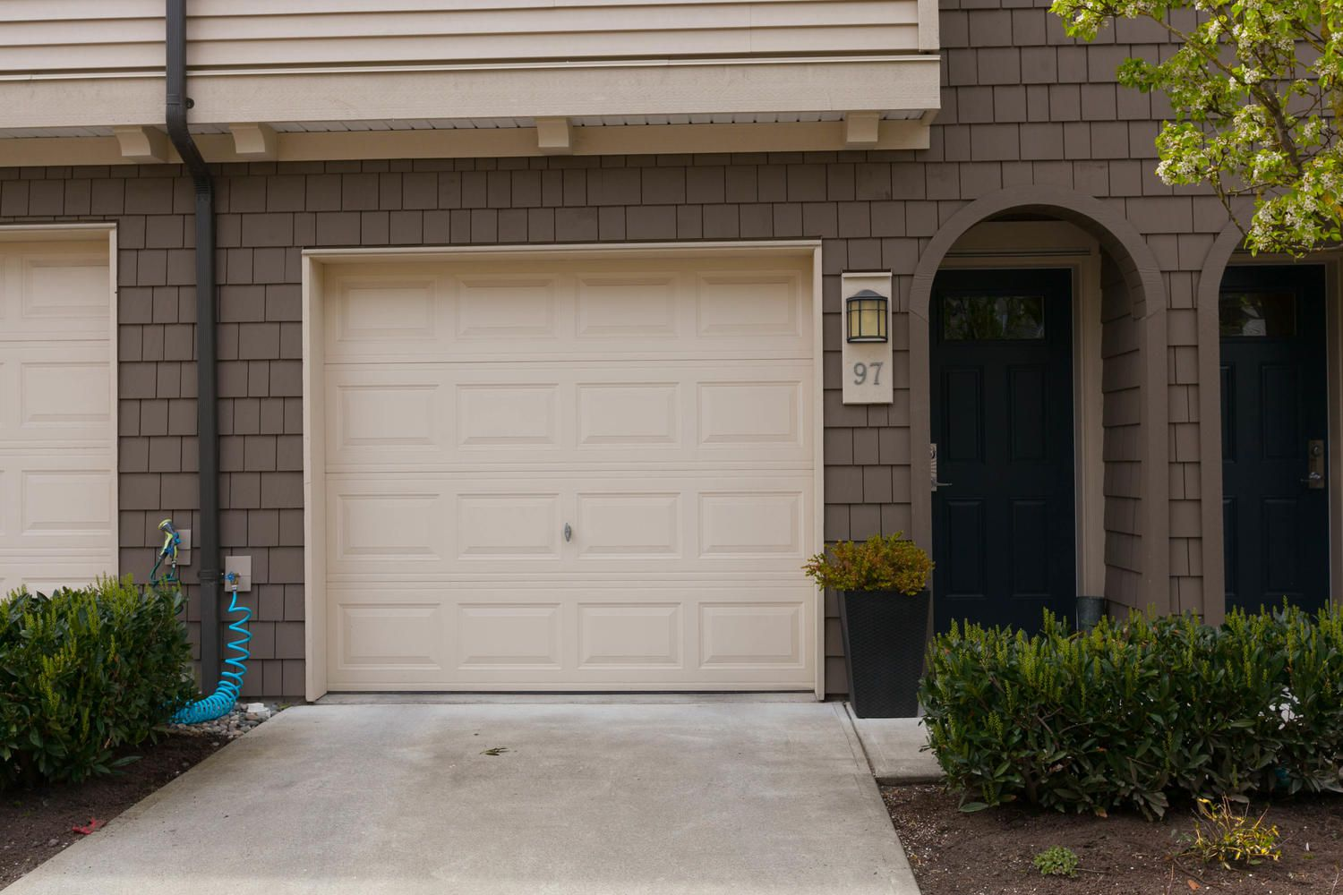 """Photo 45: Photos: 97 7938 209 Street in Langley: Willoughby Heights Townhouse for sale in """"Red Maple Park"""" : MLS®# R2260950"""