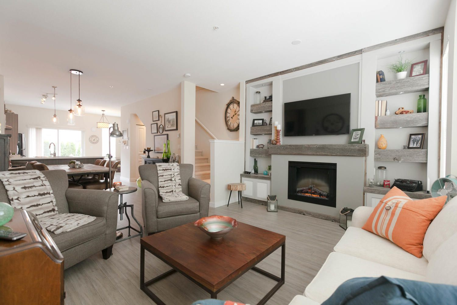 """Photo 5: Photos: 97 7938 209 Street in Langley: Willoughby Heights Townhouse for sale in """"Red Maple Park"""" : MLS®# R2260950"""