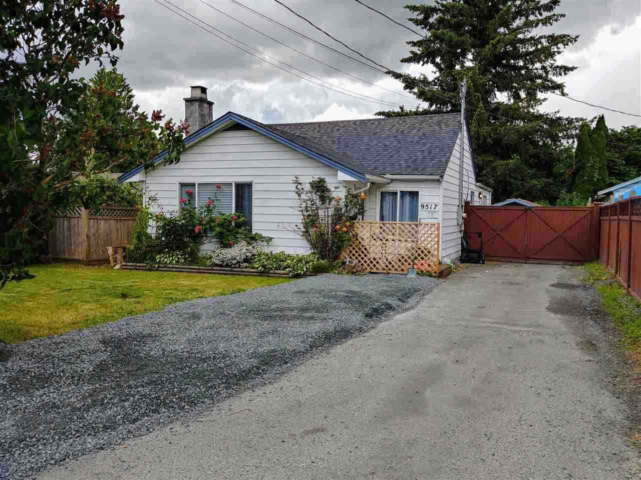 Main Photo: 9517 STANLEY Street in Chilliwack: Chilliwack N Yale-Well House for sale : MLS®# R2283534
