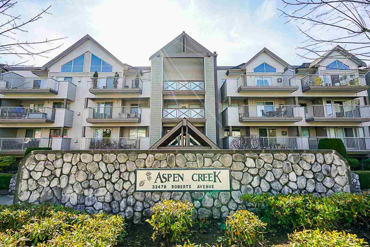 "Main Photo: 314 33478 ROBERTS Avenue in Abbotsford: Central Abbotsford Condo for sale in ""Aspen Creek"" : MLS®# R2355153"