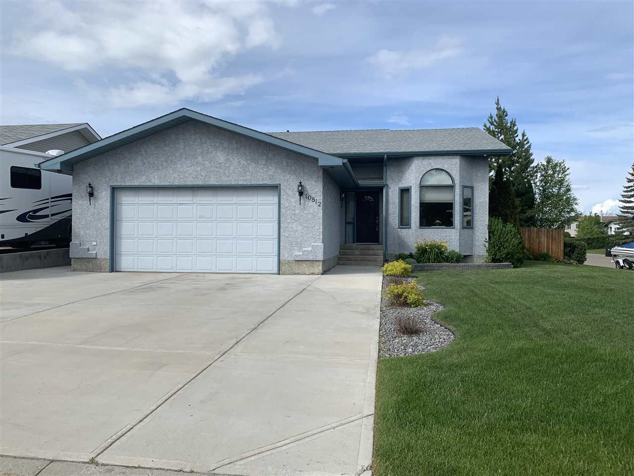 Main Photo: 10812 107 Street: Westlock House for sale : MLS®# E4160458