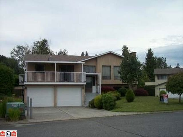 Main Photo: 32847 CAPILANO Place in Abbotsford: Central Abbotsford House for sale : MLS®# F1117897