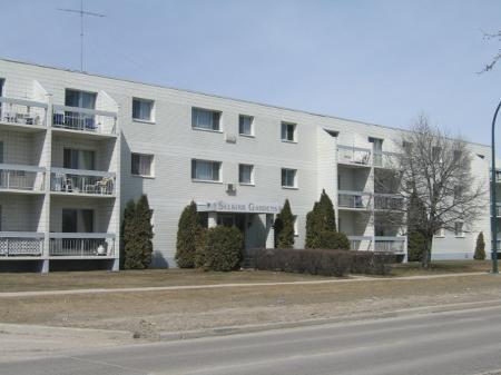 Main Photo: 106-65 Main Street: Residential for sale (Selkirk)  : MLS®# 28054504