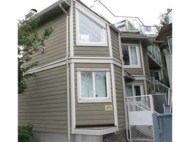 Main Photo: F7 1100 W 6TH Avenue in Vancouver: Fairview VW Condo for sale (Vancouver West)  : MLS®# V961655