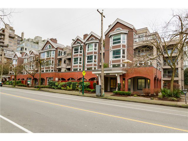 """Main Photo: 207 1738 ALBERNI Street in Vancouver: West End VW Condo for sale in """"ATRIUM ON THE PARK"""" (Vancouver West)  : MLS®# V1102014"""