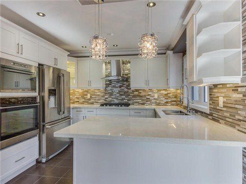 Main Photo: 2 Henneberry Lane in Brampton: Northwest Brampton House (3-Storey) for sale : MLS®# W3145405