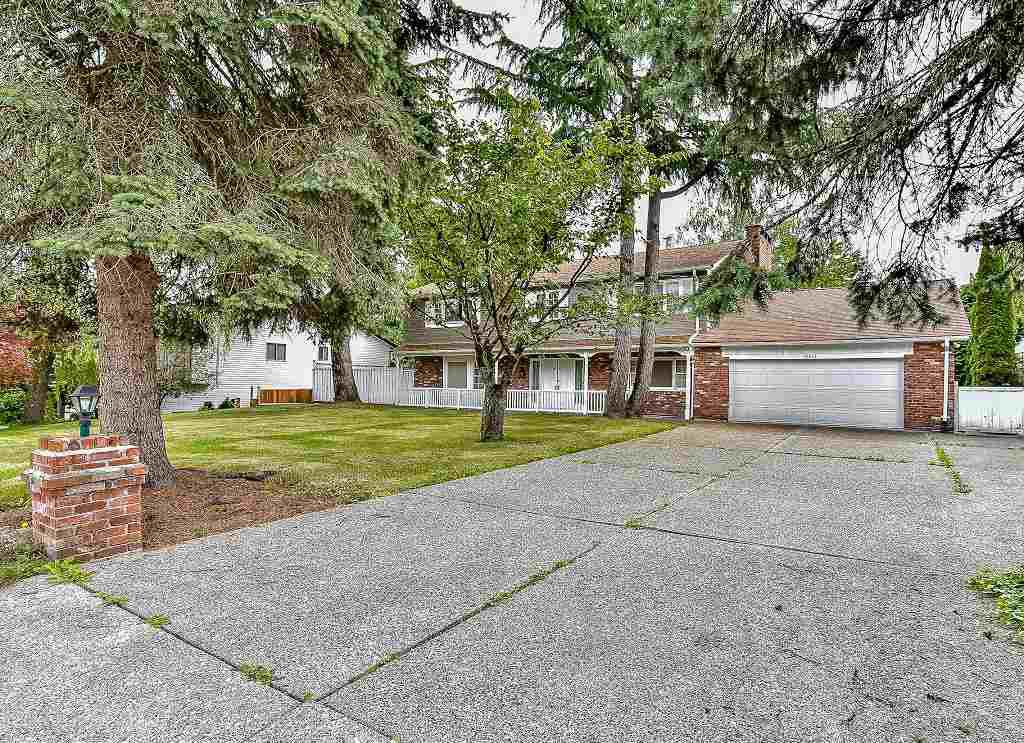 """Main Photo: 15872 101A Avenue in Surrey: Guildford House for sale in """"SOMERSET"""" (North Surrey)  : MLS®# R2084391"""