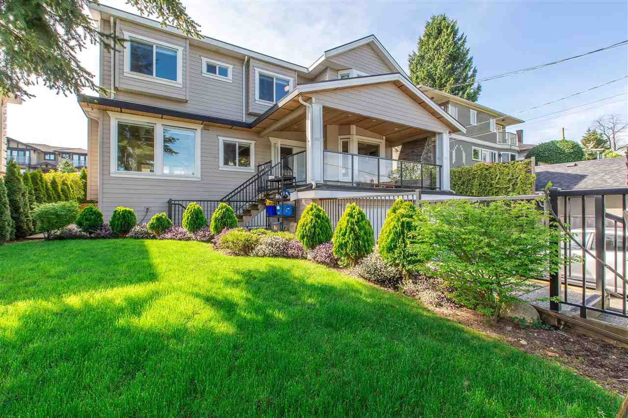 Main Photo: 4667 BURKE Street in Burnaby: Forest Glen BS House for sale (Burnaby South)  : MLS®# R2114924