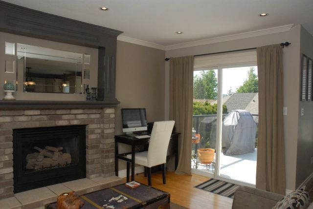 Photo 6: Photos: 3555 Picton St Upper in Abbotsford: Abbotsford East House for rent