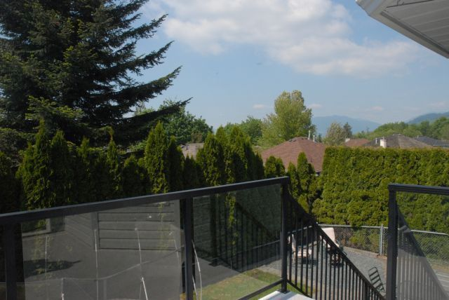 Photo 11: Photos: 3555 Picton St Upper in Abbotsford: Abbotsford East House for rent