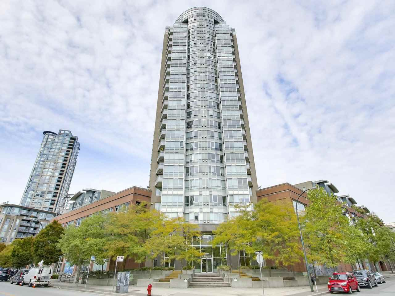 Main Photo: 1703 63 KEEFER Place in Vancouver: Downtown VW Condo for sale (Vancouver West)  : MLS®# R2208483