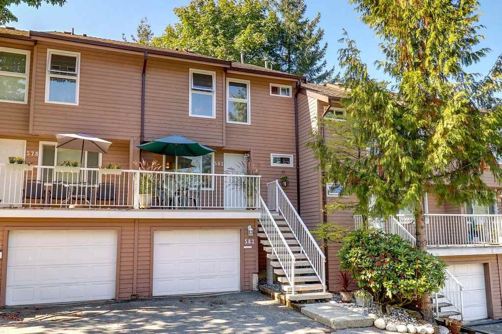 "Main Photo: 582 CARLSEN Place in Port Moody: North Shore Pt Moody Townhouse for sale in ""EAGLE POINT"" : MLS®# R2209810"