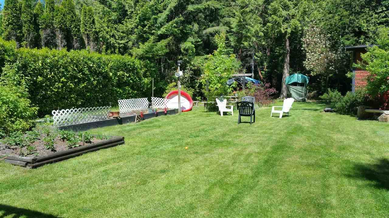 Photo 16: Photos: 4198 BROWNING Road in Sechelt: Sechelt District House for sale (Sunshine Coast)  : MLS®# R2242910