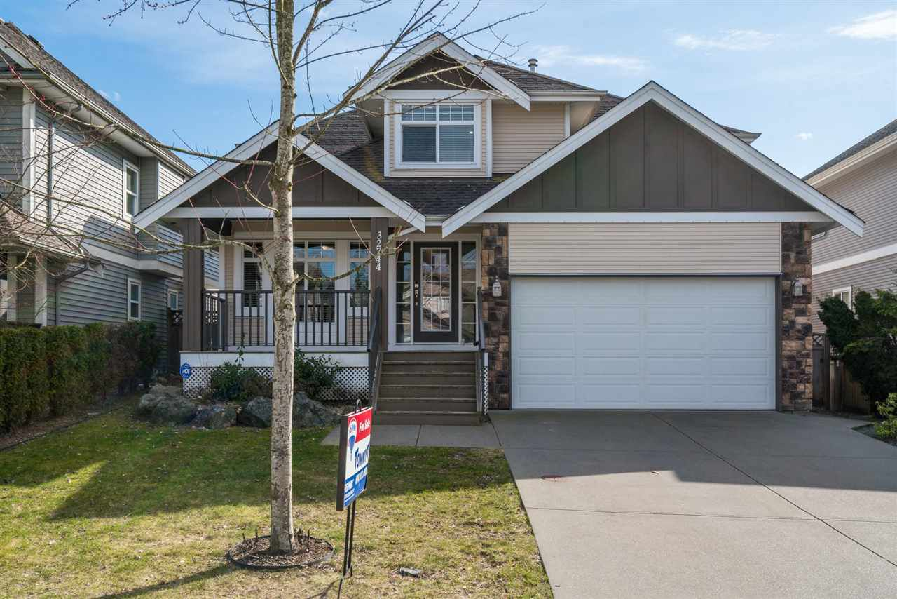 """Main Photo: 32744 HOOD Avenue in Mission: Mission BC House for sale in """"CEDAR VALLEY"""" : MLS®# R2249639"""