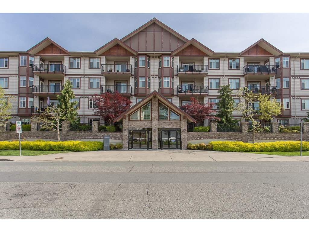 Main Photo: 309 45615 BRETT Avenue in Chilliwack: Chilliwack W Young-Well Condo for sale : MLS®# R2265513