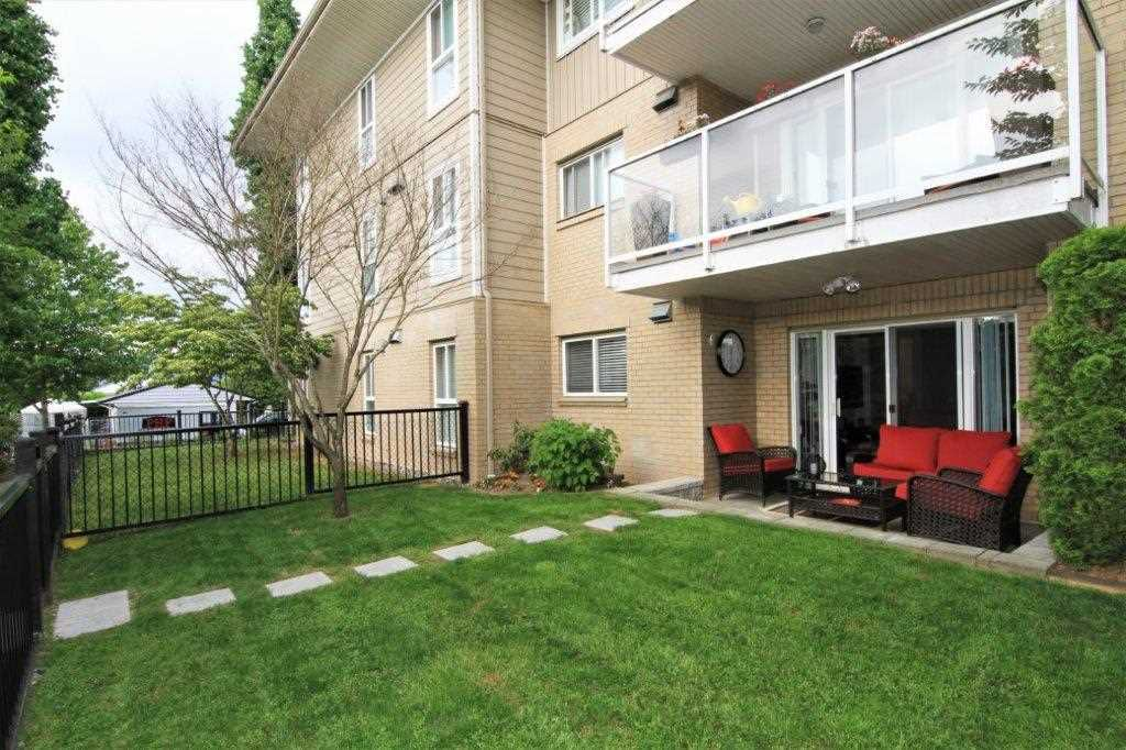 "Main Photo: 110 22255 122 Avenue in Maple Ridge: West Central Condo for sale in ""Magnolia Gate"" : MLS®# R2269885"