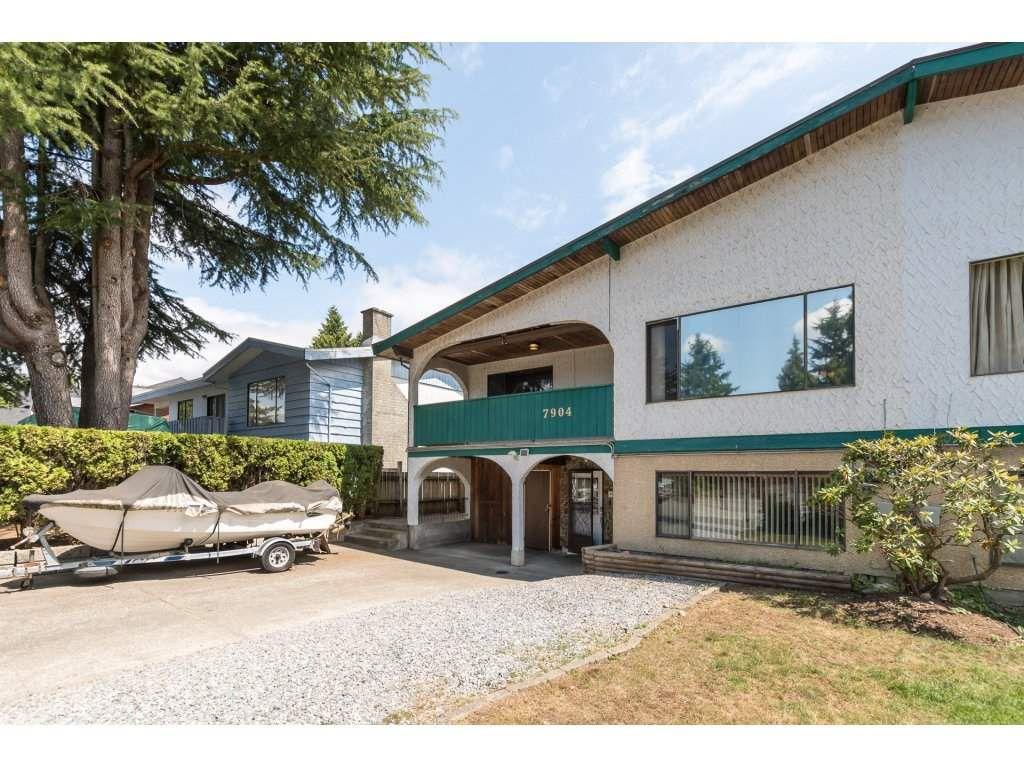 Main Photo: 7904 115A Street in Delta: Scottsdale House 1/2 Duplex for sale (N. Delta)  : MLS®# R2292526