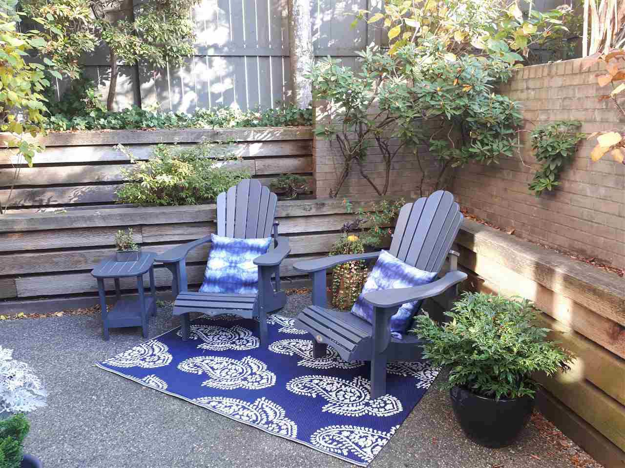 """Main Photo: E108 628 W 12TH Avenue in Vancouver: Fairview VW Condo for sale in """"CONNAUGHT GARDENS"""" (Vancouver West)  : MLS®# R2319711"""