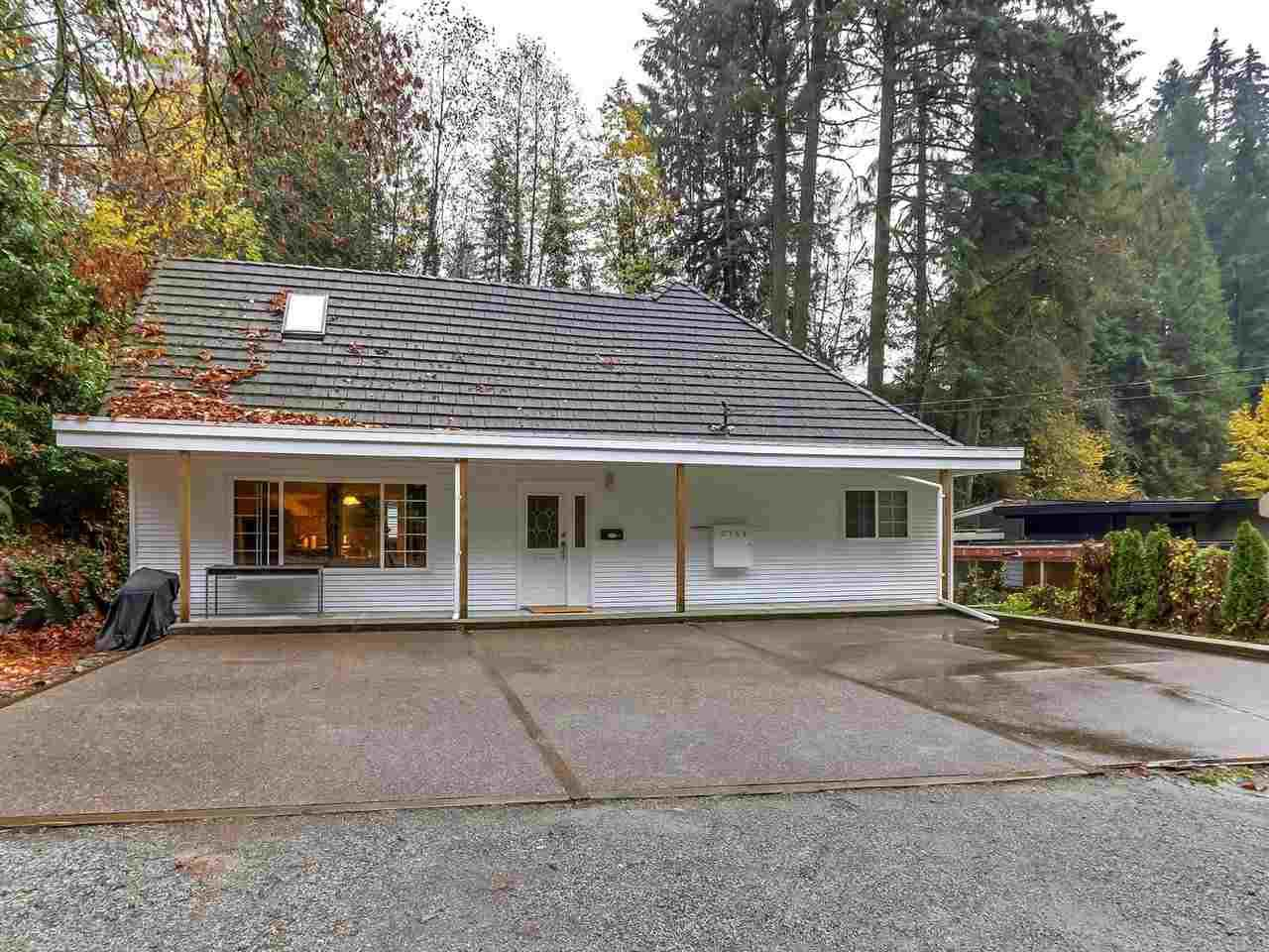 Main Photo: 3758 OXFORD Street in Port Coquitlam: Oxford Heights House for sale : MLS®# R2322956