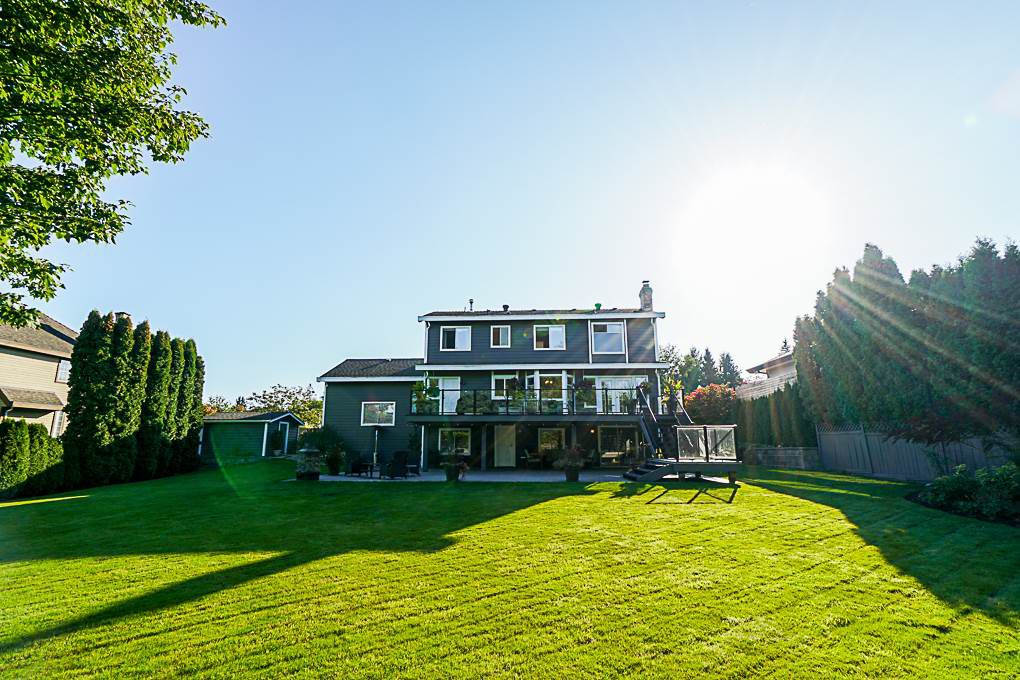 "Main Photo: 15089 73B Avenue in Surrey: East Newton House for sale in ""CHIMNEY HILLS"" : MLS®# R2333884"