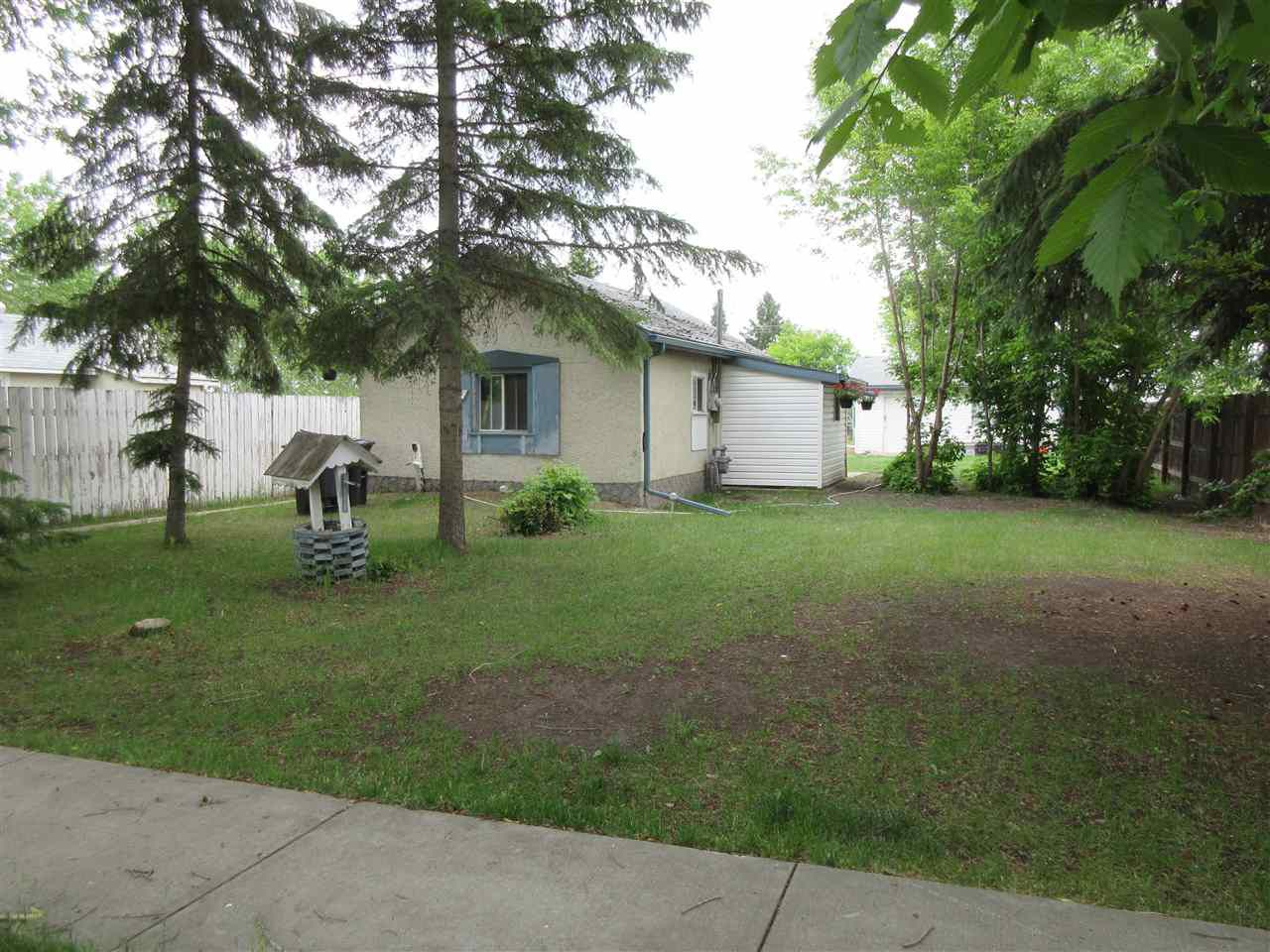 Main Photo: 4607 47 Avenue: Redwater House for sale : MLS®# E4151275
