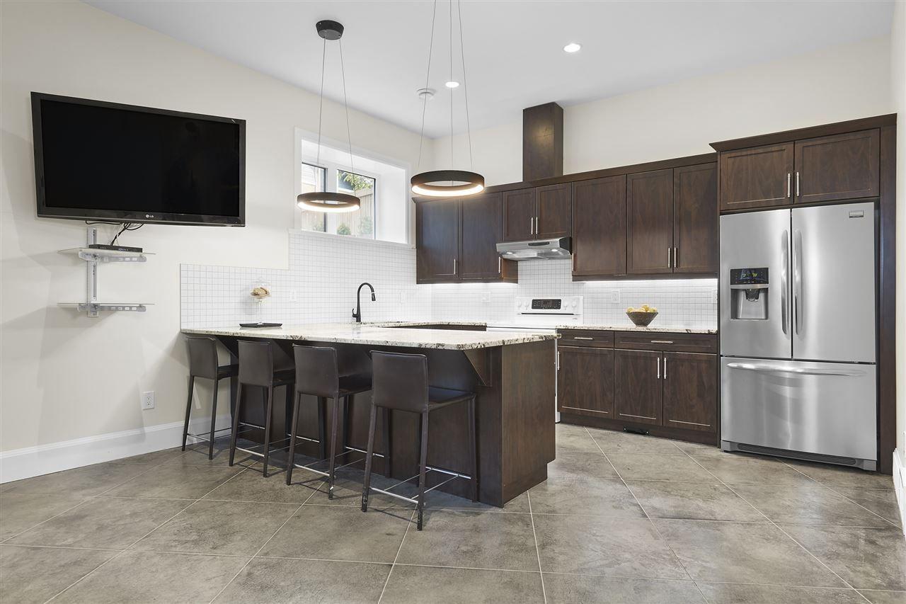 Photo 22: Photos: 10942 63 Avenue in Edmonton: Zone 15 House for sale : MLS®# E4156474