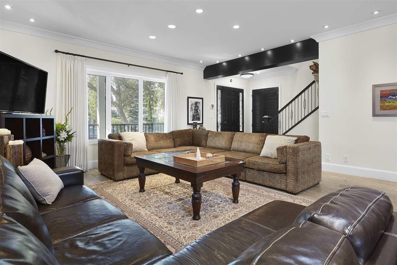 Photo 5: Photos: 10942 63 Avenue in Edmonton: Zone 15 House for sale : MLS®# E4156474