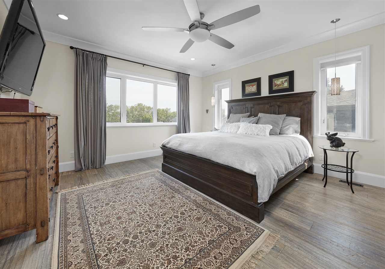 Photo 14: Photos: 10942 63 Avenue in Edmonton: Zone 15 House for sale : MLS®# E4156474