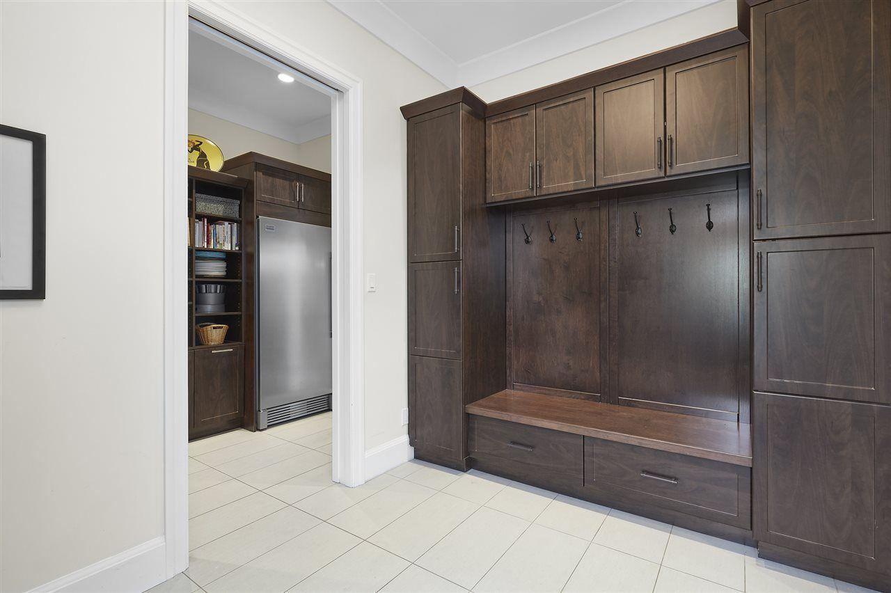 Photo 13: Photos: 10942 63 Avenue in Edmonton: Zone 15 House for sale : MLS®# E4156474